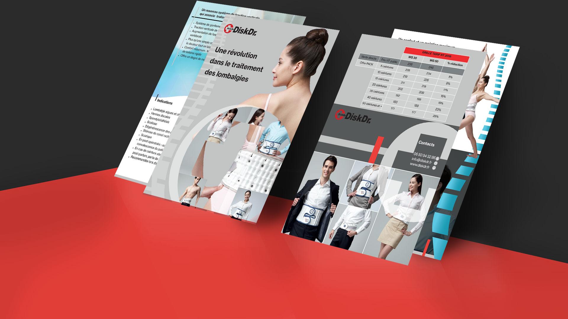 diskr_brochure_contre_mur