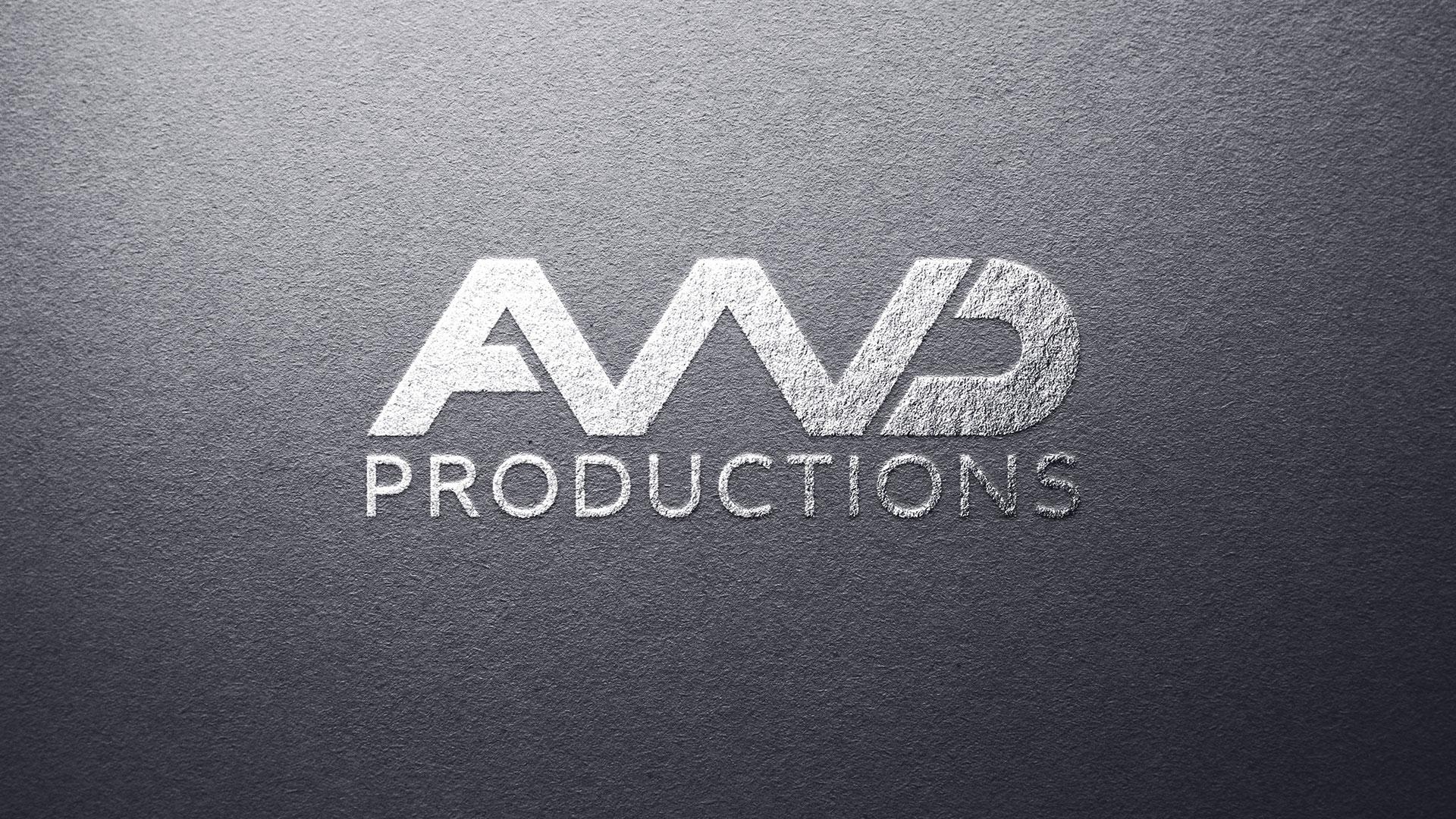 Logo en relief sur papier élégant